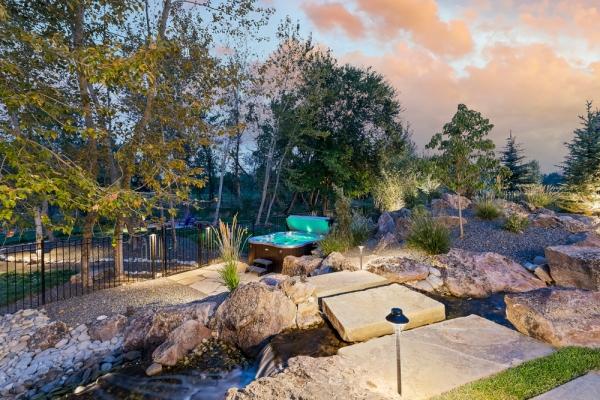 water-features-boise-idaho-blue-ribbon-landcapes833AD53D-55A2-6E80-5675-510A04EDFE6D.jpg