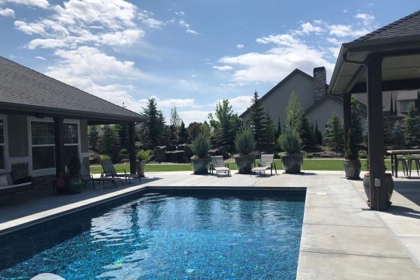 outdoor-living-poolBE26300A-92AA-1243-4F9F-E4BCDFAC4BAF.jpg