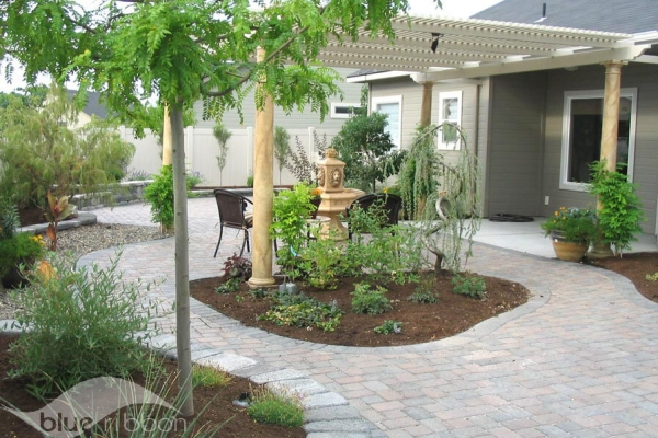 patios-pavers-walkways-2B084E2AC-660A-3FDB-1BFA-B04870AB4A60.jpg